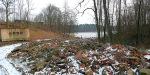 Powiększanie działek – zasypywanie gruzem brzegów jeziora Nidzkiego 2008