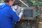 Wądołek – czyszczenie zachowanych grobów