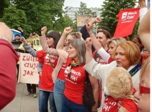 Nie zabijaj dla zabawy! Manifestacja pod Sejmem. Fot. Diana Maciąga